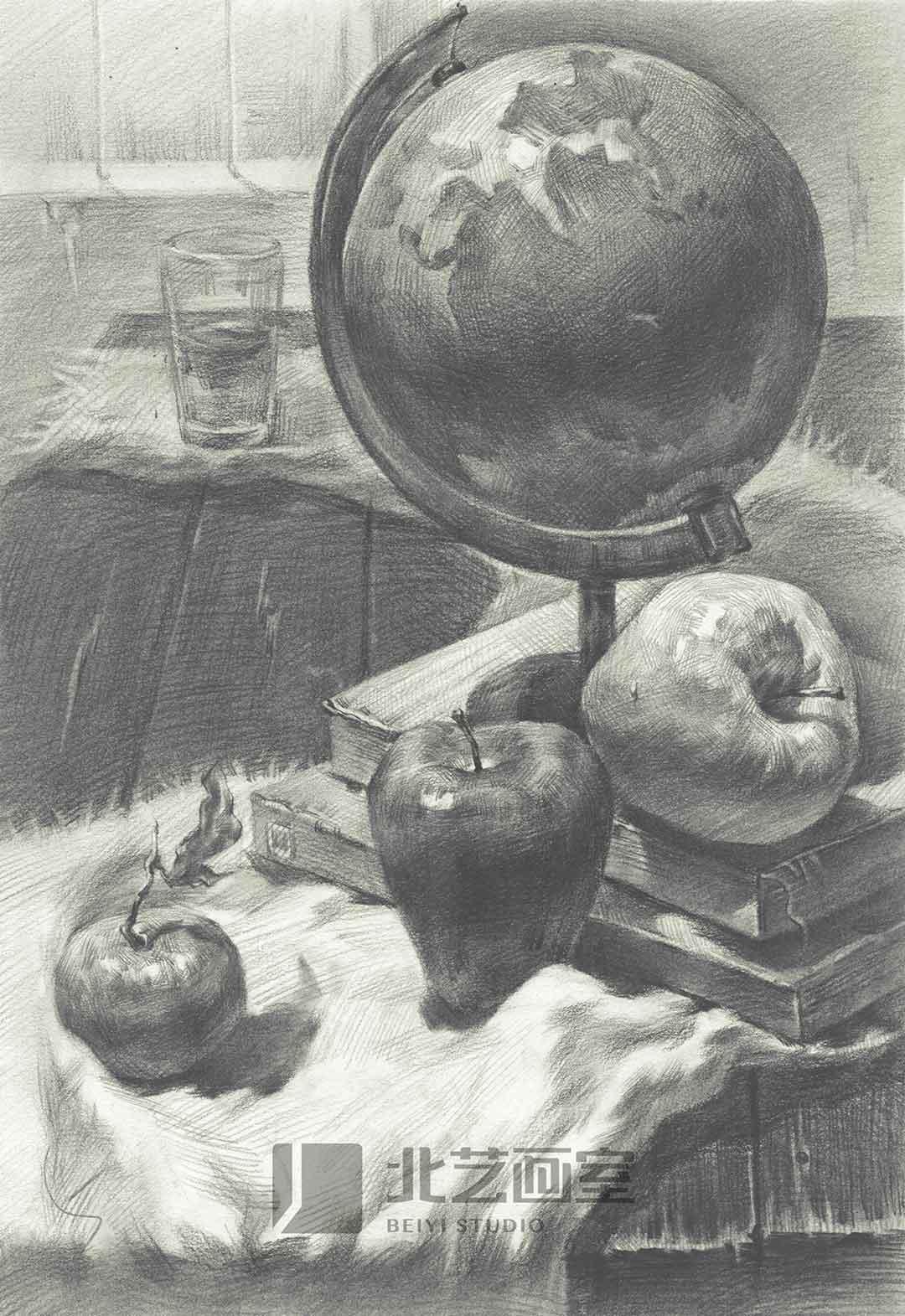 素描静物作品组合——地球仪、水果、水杯