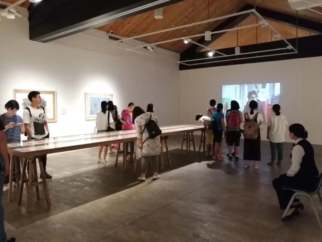 北艺画室基础部观展活动