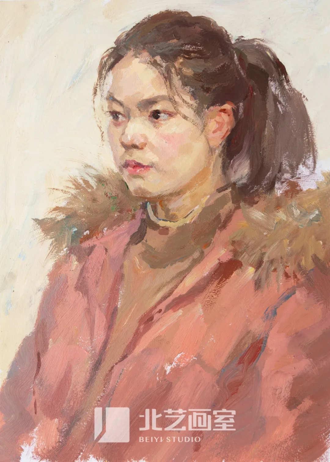 扎马尾红色羽绒服四分之三侧面女青年色彩头像